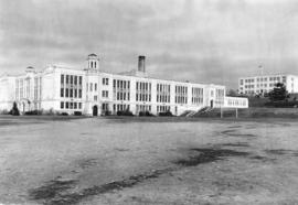 [Exterior of Point Grey High School - 5350 East Boulevard]