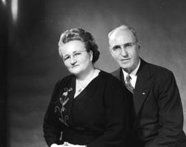 Portrait [of] Mr. & Mrs. R.B. Vanatter