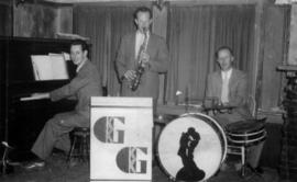 Green Gables Trio : Basil Hunter, piano : Burnaby, 1943-44