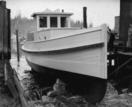 "Launch of towboat ""Kamb No. 1"" built by Fenner & Hood in just 12 days"