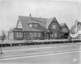 [Photograph of  McCleery residence, 1649 Avondale Ave., Vancouver B.C.]