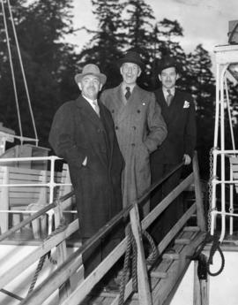"[Dignitaries board S.S. ""Comox"" for preview of new service from Whytecliffe Park to Bow..."