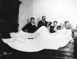 [Mark Twain recuperating in the old Hotel Vancouver]