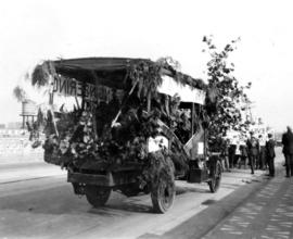 Student campaign U.B.C., the pilgrimage : Foresty Engineering float