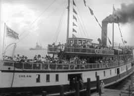"[H.M.S. ""Hood"" visit] visitors aboard S.S. ""Cheam"""
