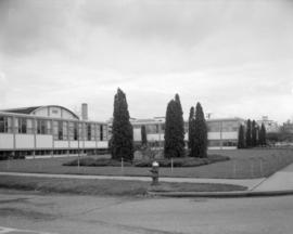 [Exterior of the Kerrisdale Community Centre]