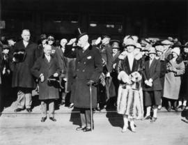 [Governor General Lord Willingdon and Lady Willingdon arrive in Vancouver for visit, April 14, 1927]
