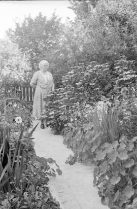 [James Crookall's mother in the garden of 3746 Eton Street]