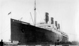 "[The] ""Mauretania"" [at dock]"