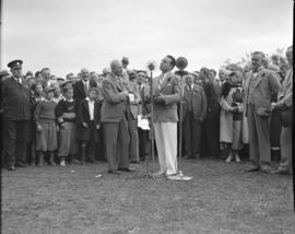Jimmy McLarnin [receiving award from L.D. Taylor during] Police Sports