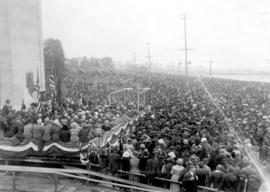 [Stage and crowds at Peace Arch dedication]