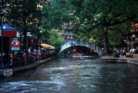 Landscape - general : San Antonio River