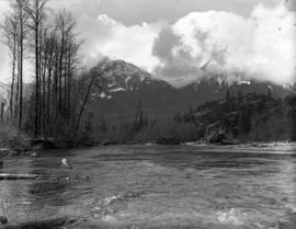 [View of] mountains [from the] Cheakamus Valley