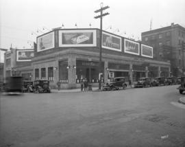 [Hambro building at the northeast corner of Dunsmuir and Howe Streets]