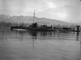[Submarine (or torpedo boat) in local waters]