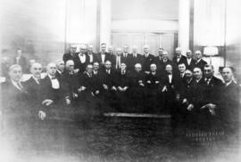 [Group portrait of the surviving electors of the first civic election]