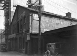 [Second electric light power house in Vancouver, in lane between Hastings and Pender Streets, nea...