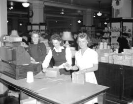 Hudson Bay Company - [clerks wrapping parcels]