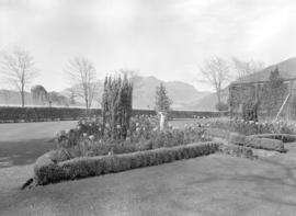 Harrison Hot Springs Hotel garden