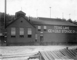 [Exterior of Texas Lake Ice and Cold Storage Co. Ltd. - Front Street]