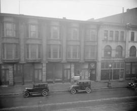 [Photograph of 400 block Cordova St., Vancouver, looking north]