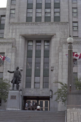 Captain George Vancouver statue at City Hall entrance