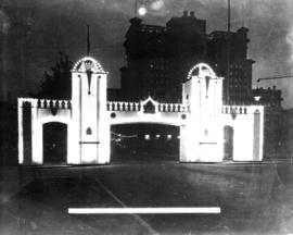 Prince of Wales Arch Georgia Street at Howe 22nd Sept. 1919 [at night]