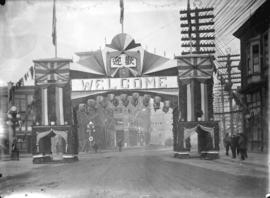 [Chinese arch at Pender and Carrall Streets, erected for visit of the Duke and Duchess of Connaught]