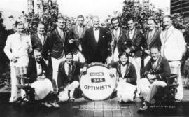 [Group photograph of the Home Gas Optimists, season 1934-1935]