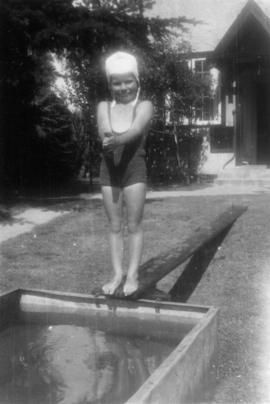 Alix Louise Gordon in diving pose at swimming tank