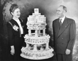 [Margaret Florence McNeil and a birthday and Vancouver Diamond Jubilee cake]