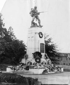 [War memorial by Sydney March]