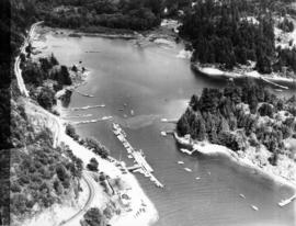 Aerial photo, oblique, Fisherman's cove with marinas, West Vancouver