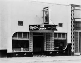 Blue Boy Ltd. ice cream parlor located at 3075 Granville Street, owned by Jersey Farms
