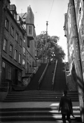 Steps to Little Champlain St. [Street]