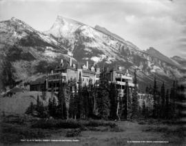C.P.R. Hotel, Banff, Canadian National Park