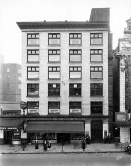 [Exterior of the Burns Block - 18 West Hastings Street]