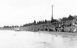 [Crowds at a concert at Kitsilano pool]