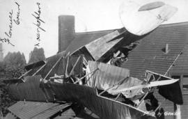 Aeroplane accident on Bute Street