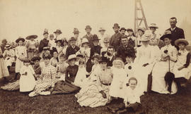 [An unidentified group picnic]