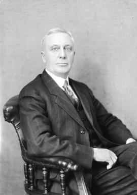 [Portrait of] Dr. H.W. Riggs