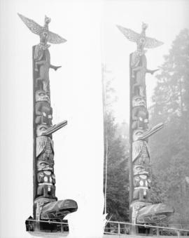 [Two views of a totem pole in Stanley Park]