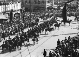 [Crowds assembled outside courthouse at Hastings and Cambie Streets for reception of the Duke and...