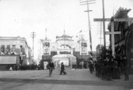 [View of the Chinese Arch for the Duke and Duchess of Cornwall and York on Hasting Street near Ca...