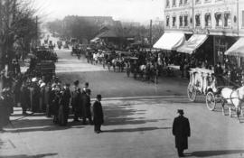 [The funeral procession for Pauline Johnson on Georgia Street near Granville Street]