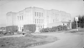 McKenzie School [39 Avenue and East Windsor Street]