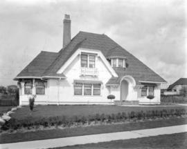 [Residence at 1677 Somerset Crescent, Vancouver B.C.]