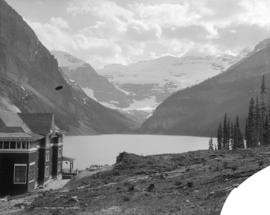 Lake Louise and Chalet