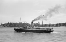 "[Union Steamship ""Camosun"" entering harbour]"