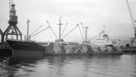 M.S. Erna Oldendorff [at dock]